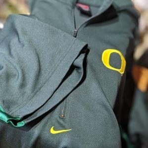 Nike U of Oregon Ducks SS Pullover